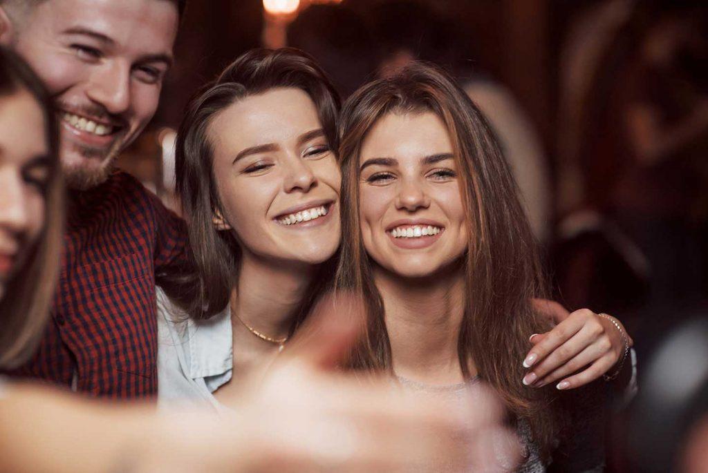 mulheres feliz